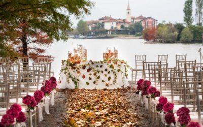 """""""Fall"""" in love: la magia e il calore degli allestimenti d'autunno per le vostre nozze"""